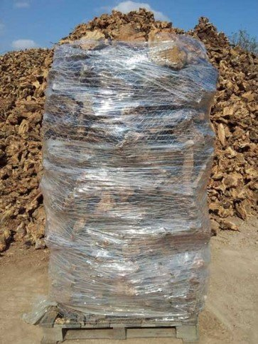 Leña para chimenea de olivo paletizada (2 m3)