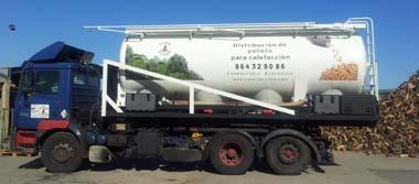 Camión cisterna para el suministro de pellets