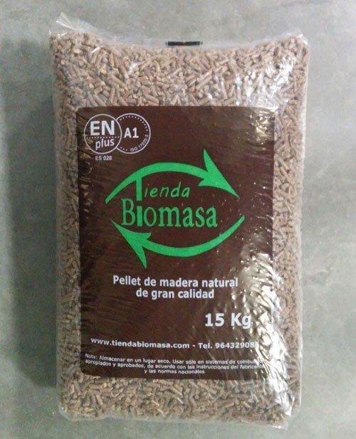 Saco pellets en plus a1 15 kg tienda biomasa - Pellets precio kilo ...